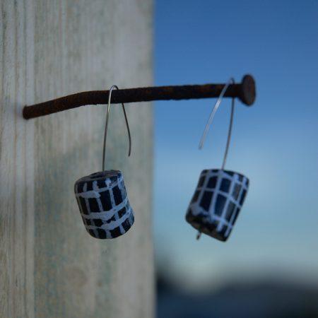 Pendientes étnicos de vidrio africano reciclado - Edo