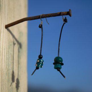 Pendientes étnicos de vidrio africano reciclado - Tupnaar
