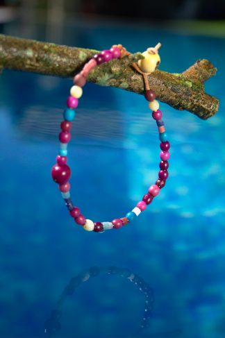 Pulsera de colores en tonos morado - As furnas